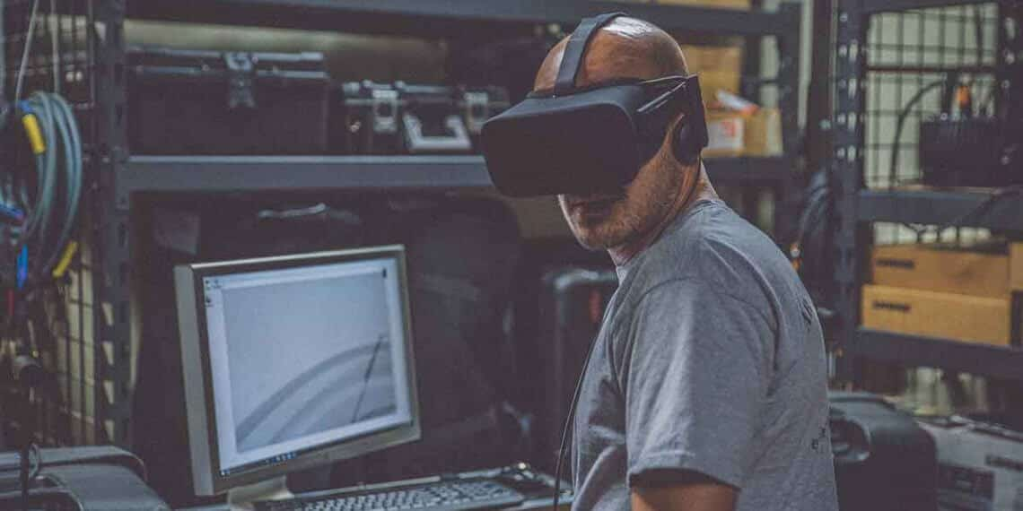 Best VR Headset in India 2019 – Reviews & Buyer's Guide